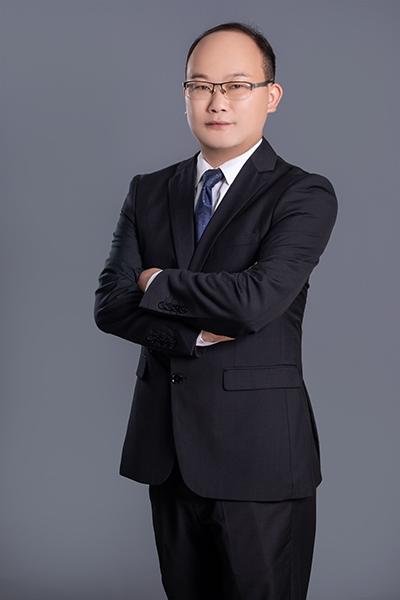 执业律师唐策城